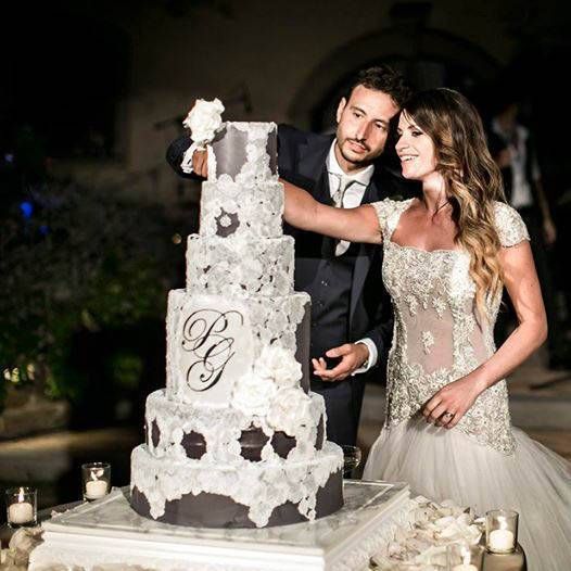 tuscan wedding cakes dress inspired cake at tenuta corbinaia  - Luxury Wedding Gallery