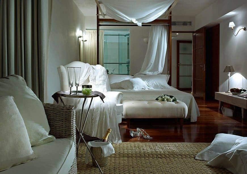 4. Bridal Suite - Luxury Wedding Gallery
