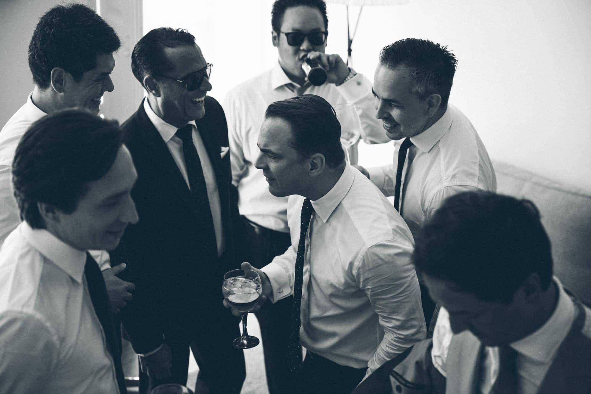 Married in Mallorca - Groom with the boys having a drink