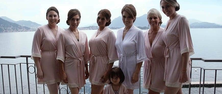 Bride with bridemaids - Luxury Wedding Gallery