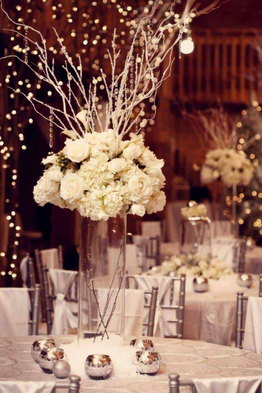Festive Florals - The perfect flowers for a Christmas wedding