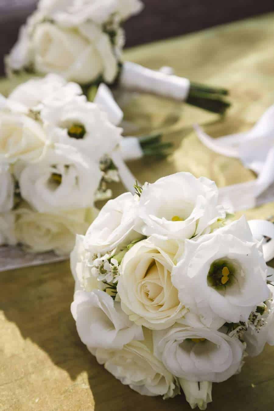 Outdoors Indoors wedding - White Wedding Flowers