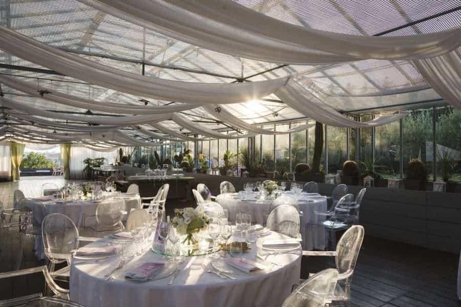 Outdoors Indoors wedding - The Wedding Room Decorated