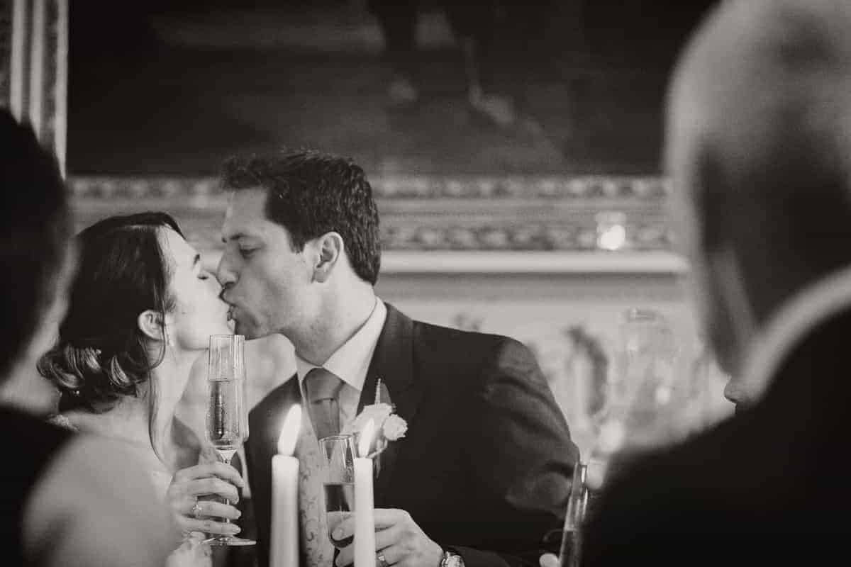 Katie-Chris-Powderham-Castle-Lucy-wallace-photography-reportage-wedding-photographer-602