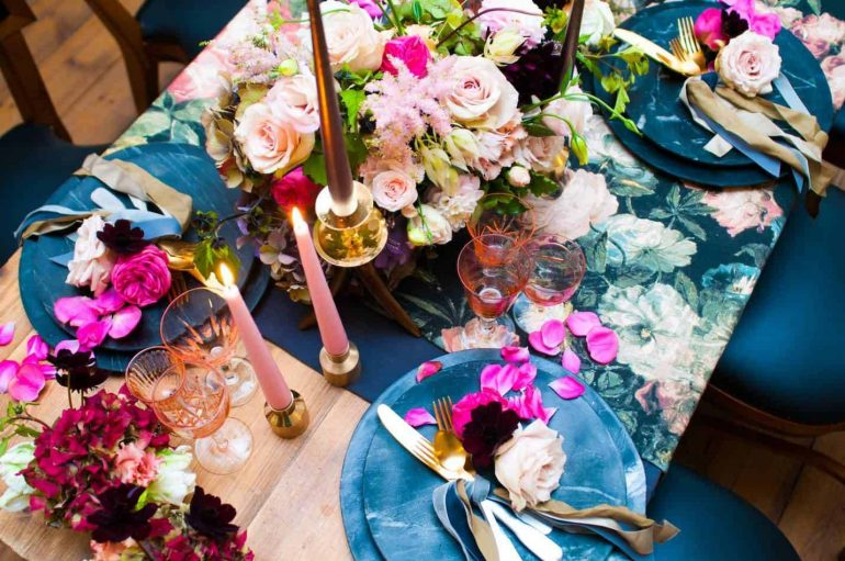Should you follow floral trends when picking wedding flowers?