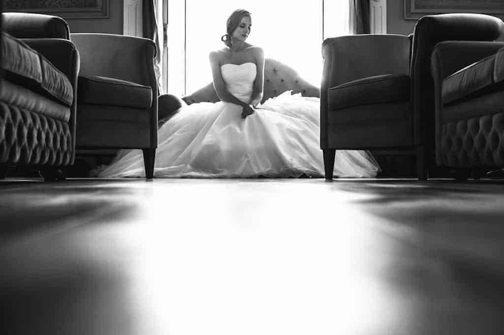 Sposa Fabiola waiting for bouquet - Luxury Wedding Gallery