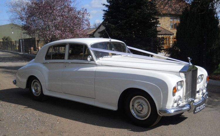 Rolls Royce – The Only Way To Arrive