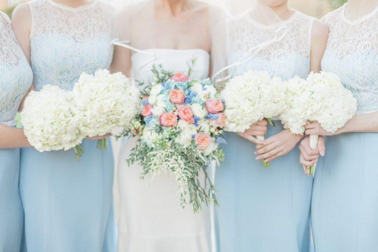 Pretty summer palette – cornflower blue & peach