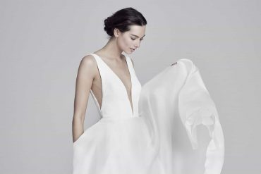Luxury wedding dress details - pockets! 1