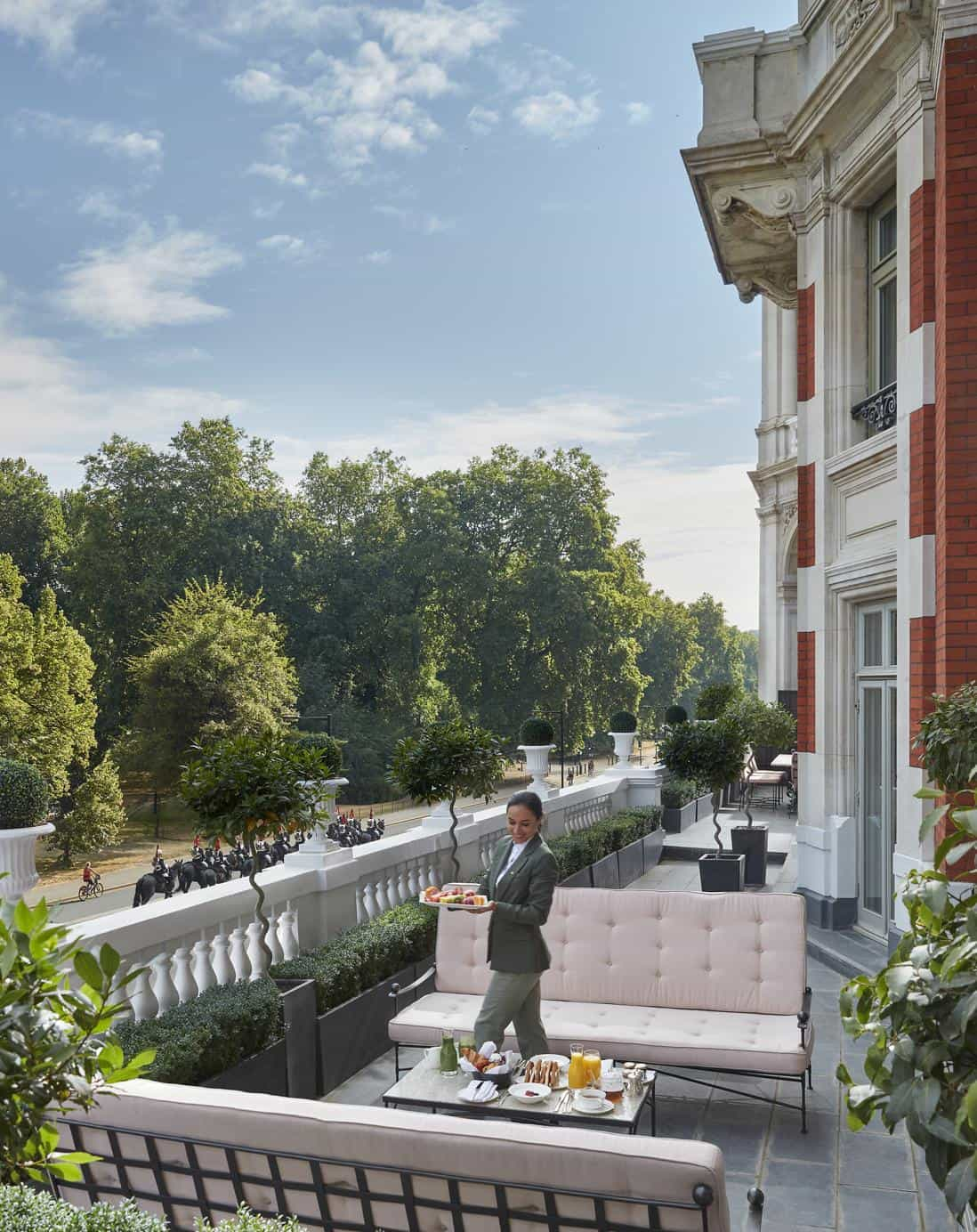 Review: Mandarin Oriental Hyde Park, London