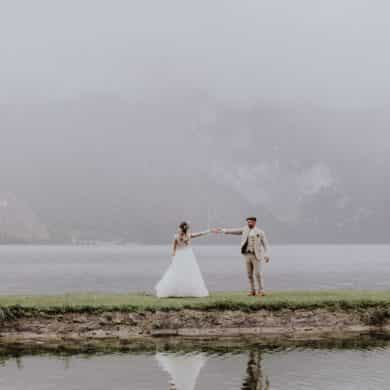 Real wedding: Austrian lakes and mountains