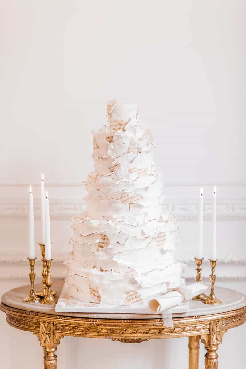 textured weddingcake 2020 cake trendsby elizabethscakeemporium 1
