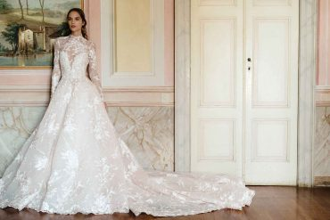 Wedding dress collection: Monique Lhuillier – Fall 2020