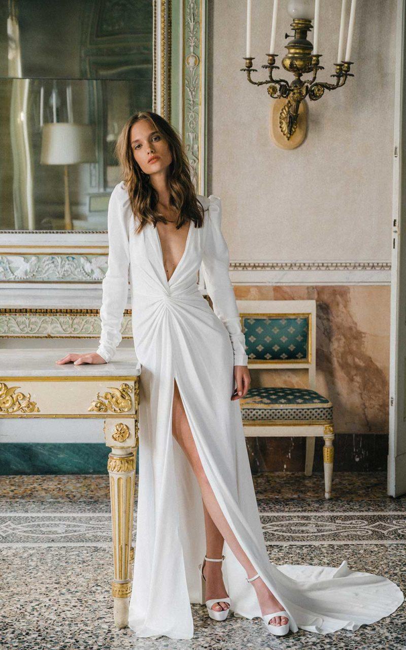 Wedding dress collection: Monique Lhuillier – Fall 2020