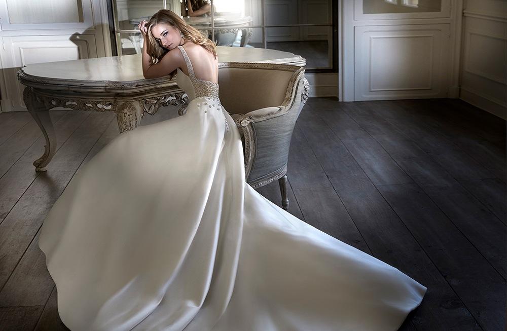 Wedding dress collection: Caroline Castigliano – The Power of Love