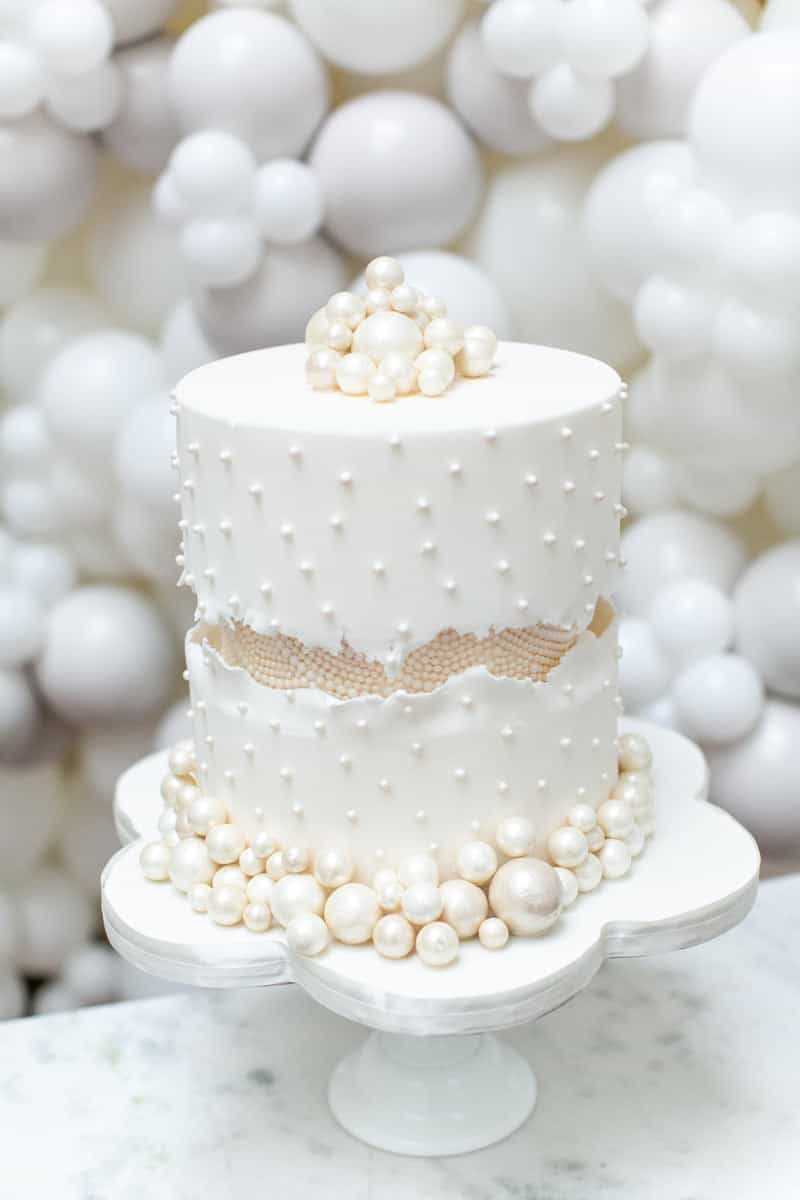 Luxury Wedding Cakes For Micro Weddings