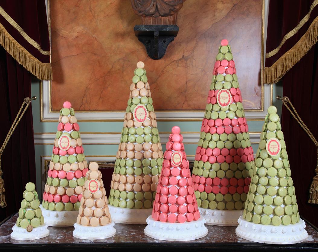 Top 10 UK Wedding Cake Designers