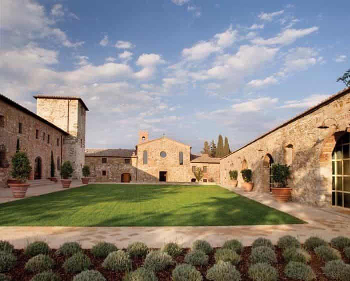 Hotel Castello di Casole – A Timbers Resort