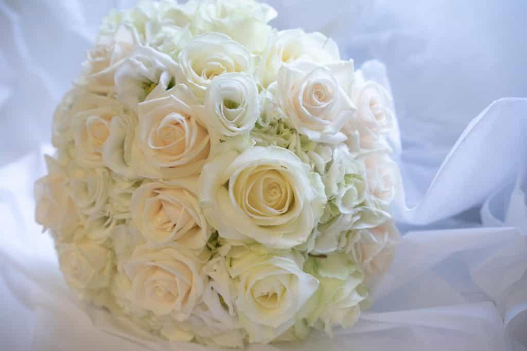 luxury wedding flowers