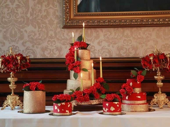 Tees Bakery - Luxury Wedding Cakes